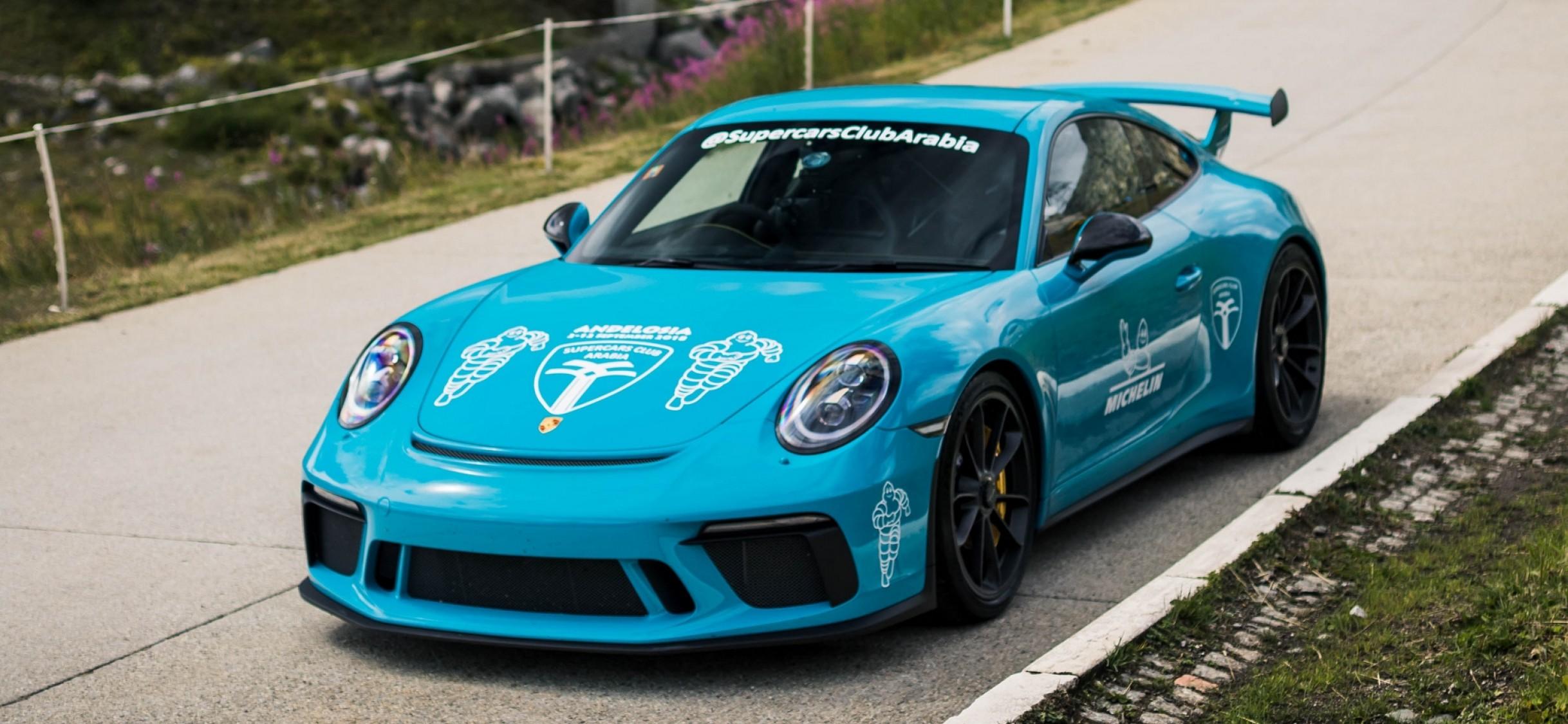 Blue Porsche 911 Gt3 Hd Wallpaper Iphone X Hd Wallpaper