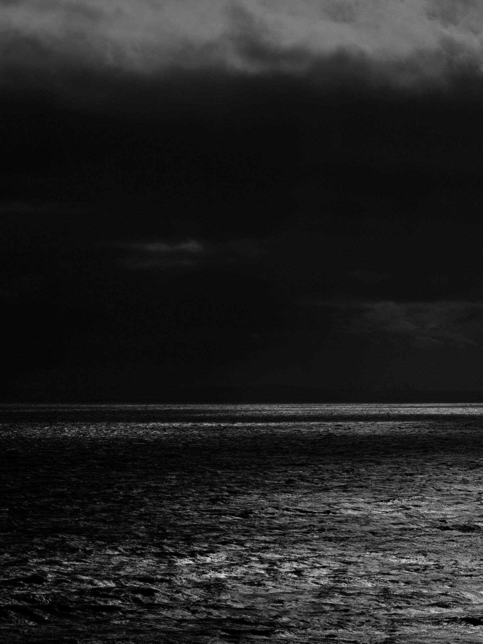 Dark Sea Horizon Hd Wallpaper Retina Ipad Hd Wallpaper Wallpapers Net