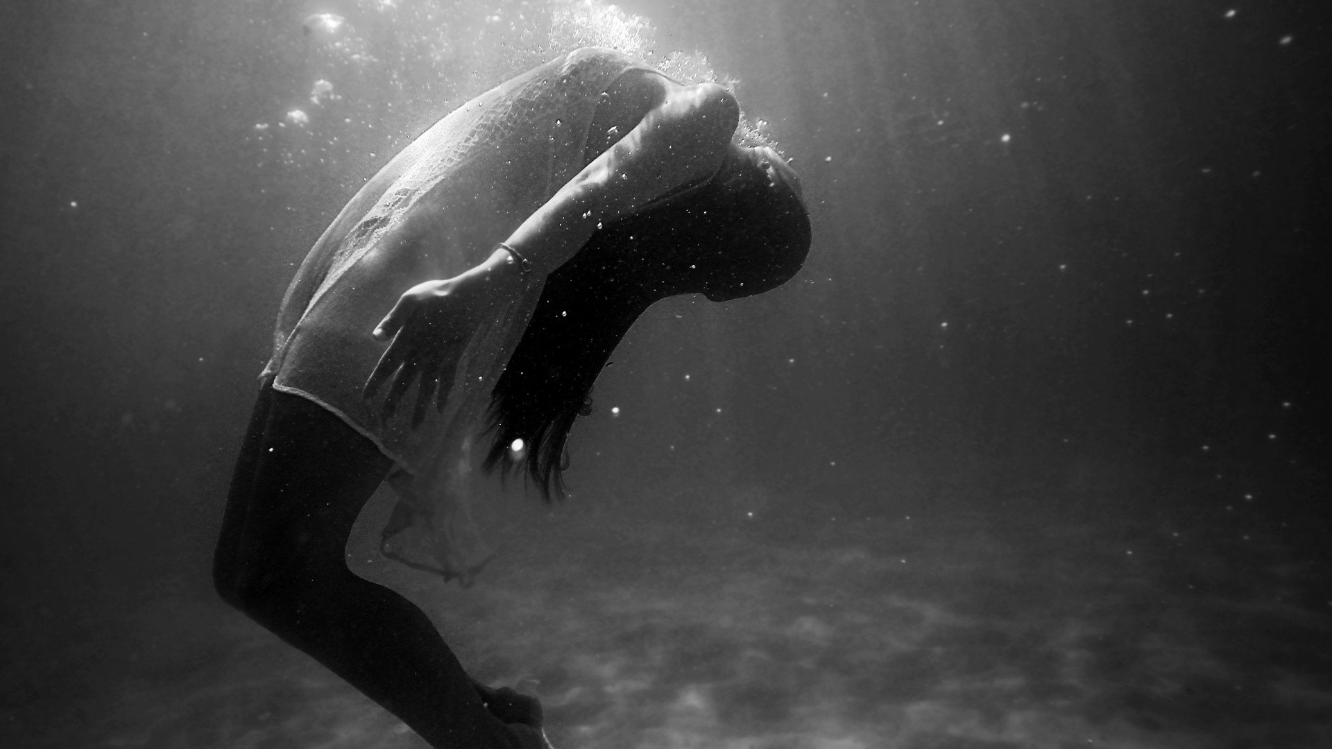 Drowning Inside Herself Hd Wallpaper For Desktop And Mobiles