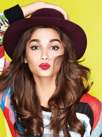 Alia Bhatt Hot Latest Full Hd Wallpaper for Desktop and Mobiles