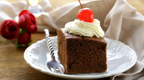 Cake with spoon  HD wallpaper