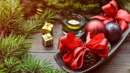 Christmas Baubles on Top of Tray HD Wallpaper
