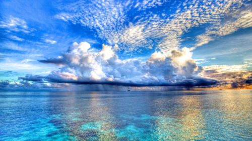 Clouds over the sea HD Wallpaper