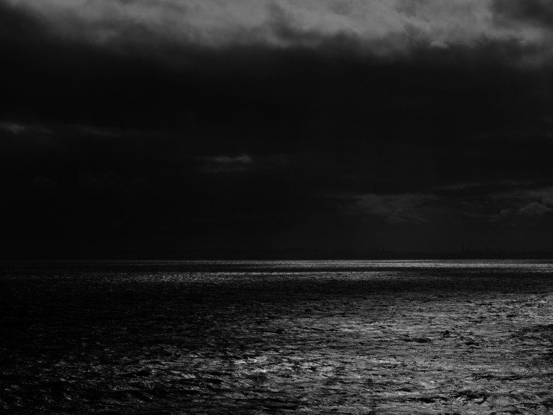 Dark sea horizon HD Wallpaper