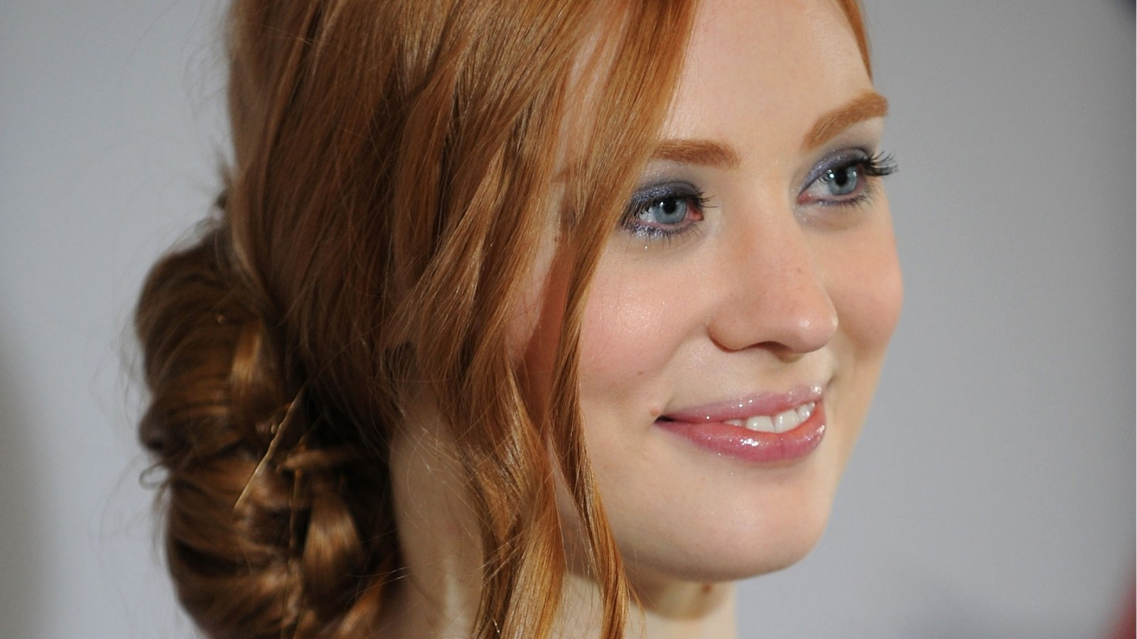 Deborah Ann Woll HD Wallpaper
