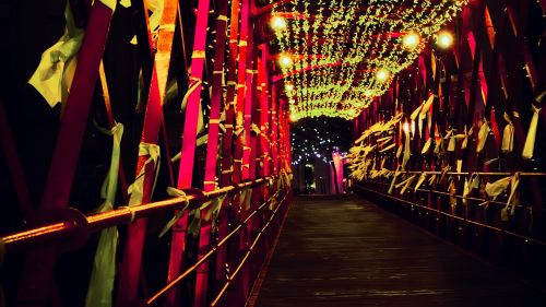 Decorated bridge HD Wallpaper