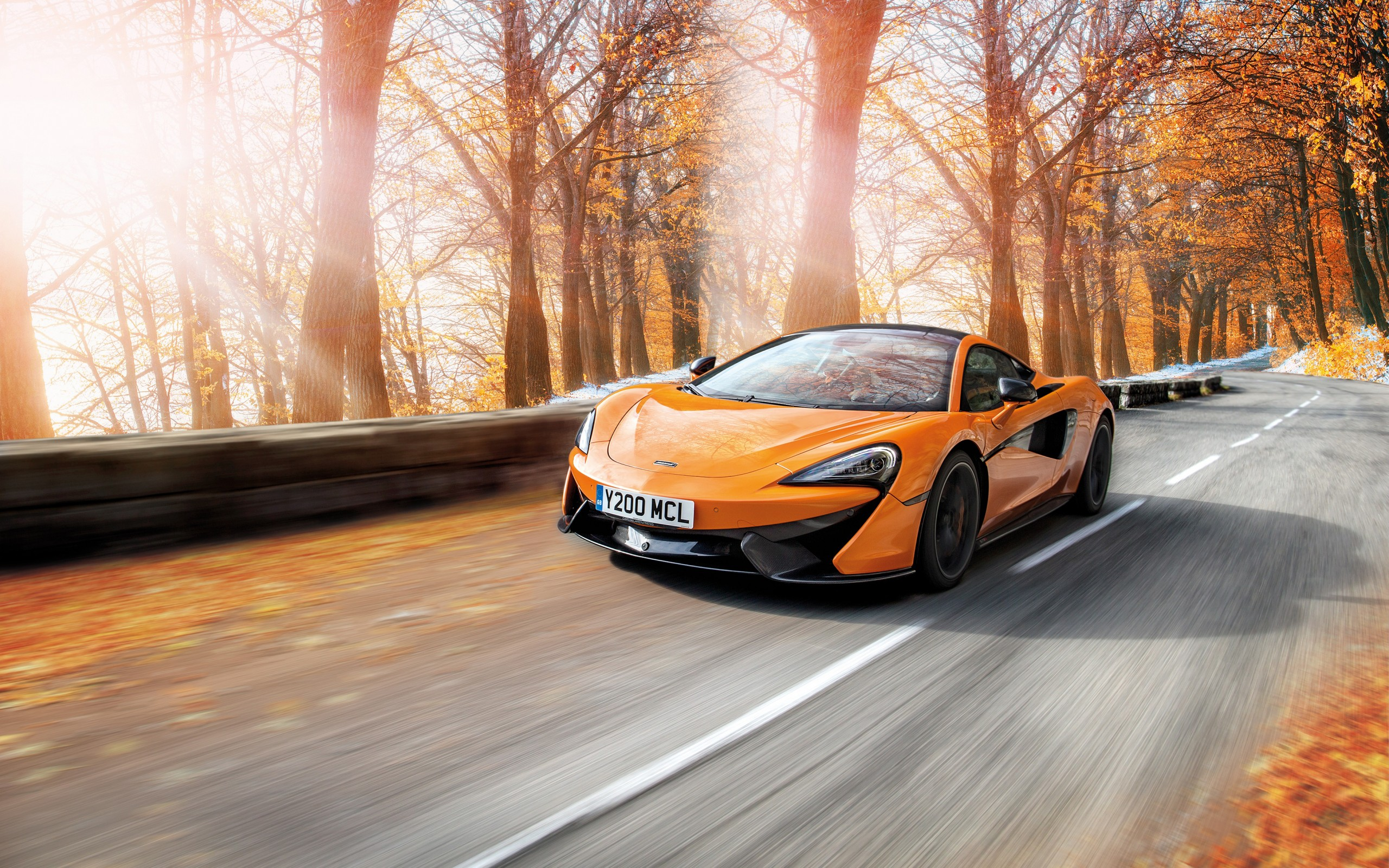 Download McLaren Cars Full HD Wallpaper for Desktop and Mobiles