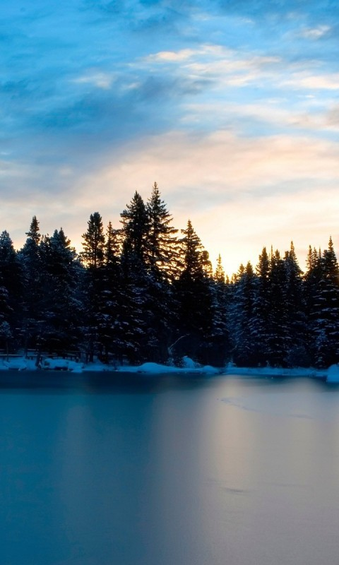 Frozen Lake HD Wallpaper