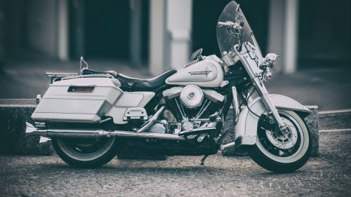 Harley Davidson side view HD Wallpaper