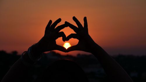Heart shaped hand HD Wallpaper