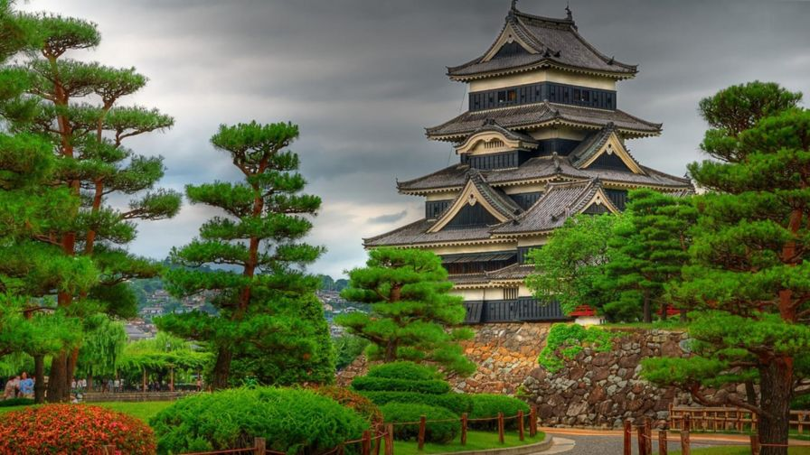 Matsumoto Castle HD Wallpaper