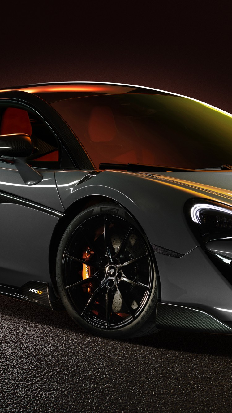 McLaren 600LT in Chicane Grey Wallpaper