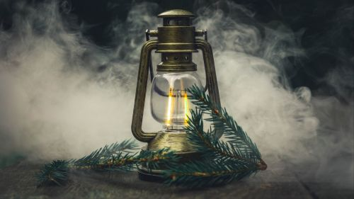 Oil lamp covered in smoke HD Wallpaper