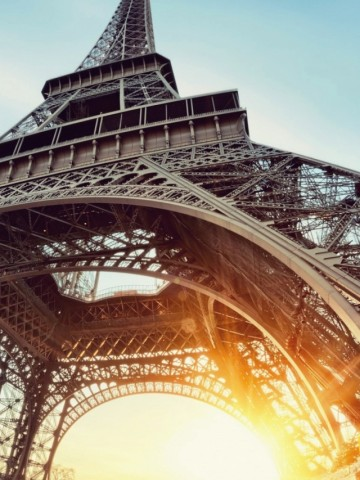 Paris Eiffel Tower Wallpaper for Desktop and Mobiles