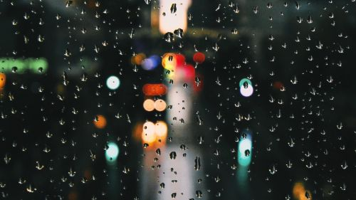 Rain drops at the window HD Wallpaper