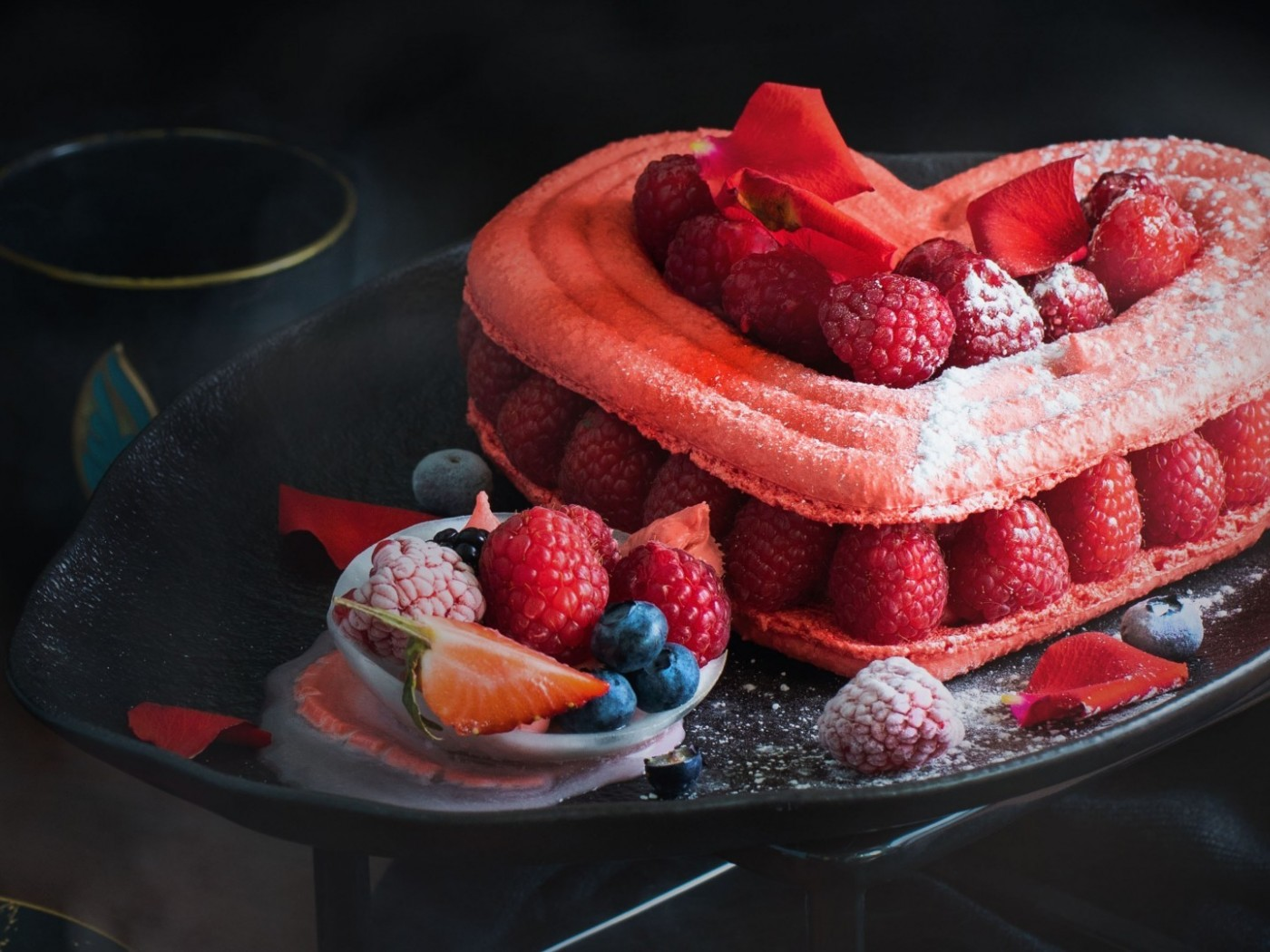 Raspberry cake HD Wallpaper