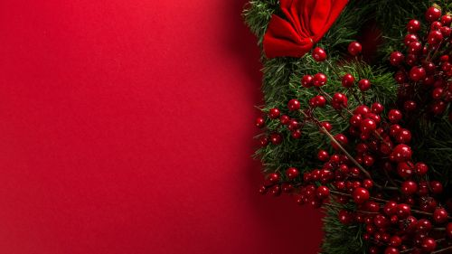 Red And Green Mistletoe Decoration HD Wallpaper