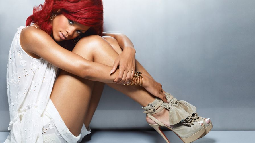 Rihanna Hd Wallpaper for Desktop and Mobiles