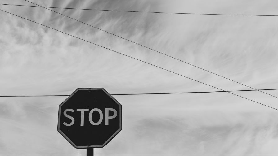 Stop sign HD Wallpaper