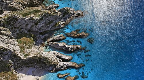 Sunny Shore Aerial View Capo Vaticano Italy HD wallpaper