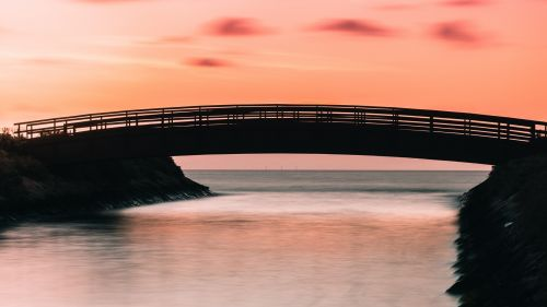 Sunset over the bridge HD Wallpaper