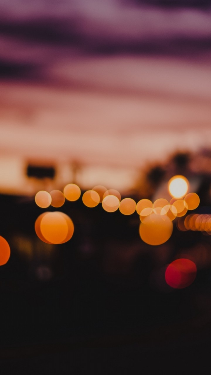 Blurry city lights HD Wallpaper