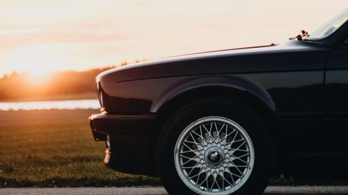 BMW E30 HD Wallpaper