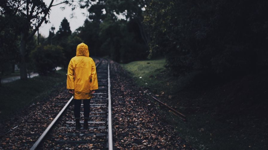 Man walking on the rain HD Wallpaper