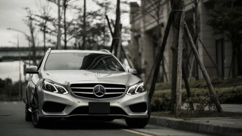 Mercedes E300 HD Wallpaper