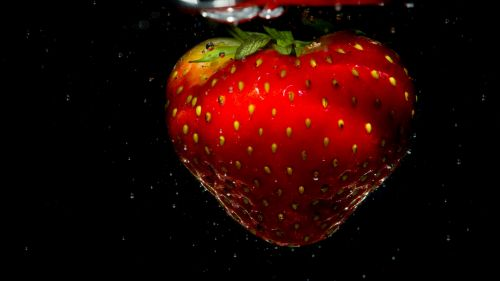 Strawberry close up HD Wallpaper