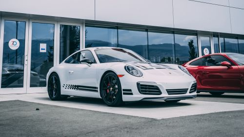 White Porsche HD Wallpaper
